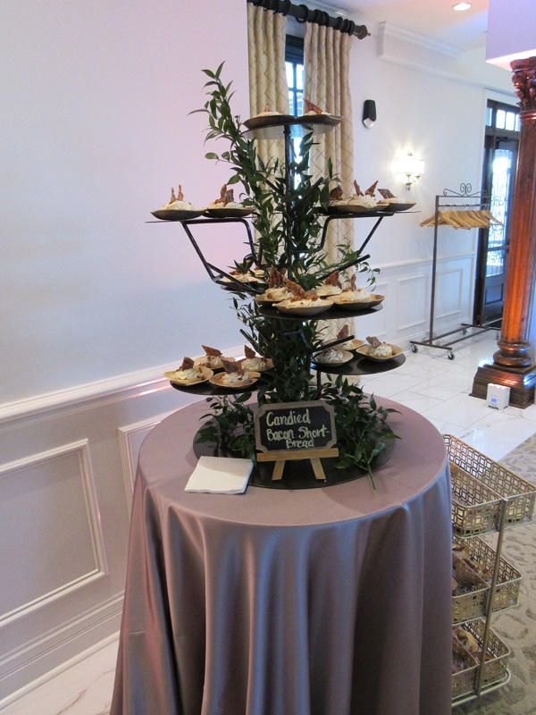 Bronze Cupcake Tree Twig Party