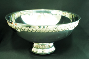 Where to find PUNCH BOWL, SS W SIL TRIM 5 GAL in Lexington