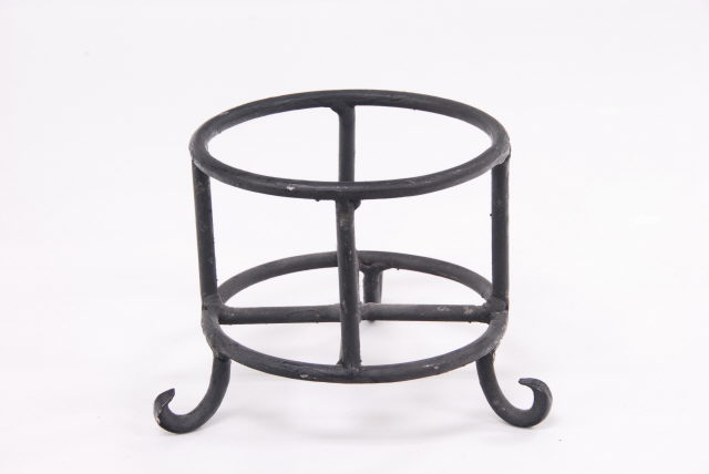 Where to find STAND, IRON STERNO HOLDER in Lexington
