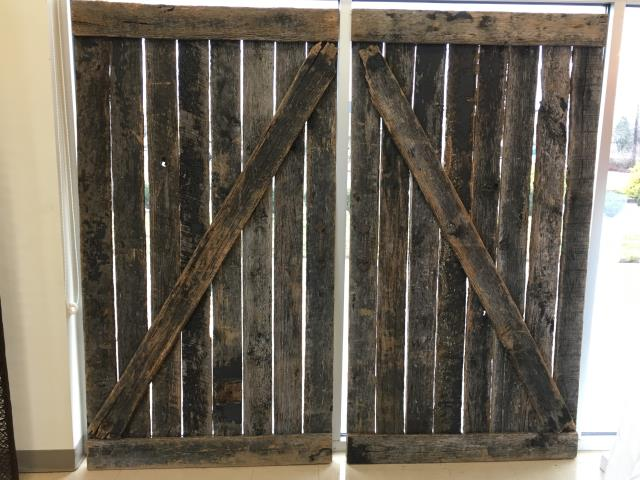 Where to find BACKDROP, FARM DOOR  PAIR in Lexington